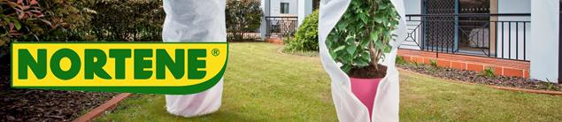 Source a id un voile d 39 hivernage pour prot ger vos plantes for Hivernage des plantes