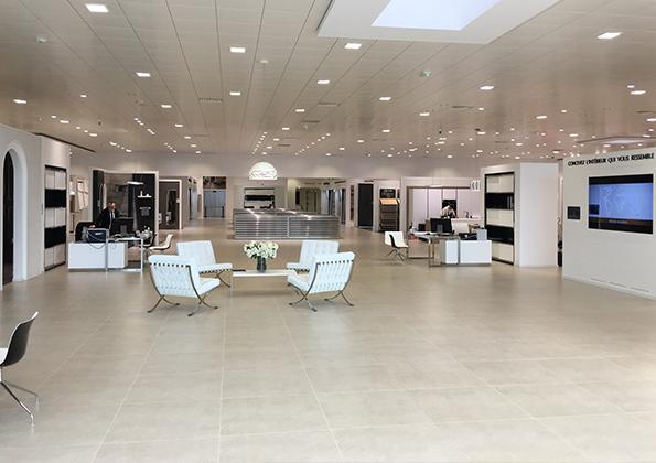 source a id porcelanosa lyon le plus grand showroom de. Black Bedroom Furniture Sets. Home Design Ideas